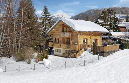 Ski Chalets for Easter Time | OVO Network