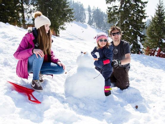 Snow shoeing in La Clusaz