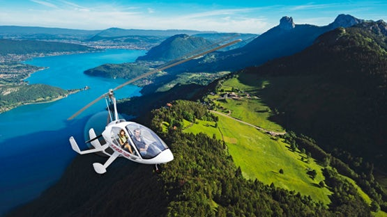 Gyrocopter flight in the Alps - very James Bond