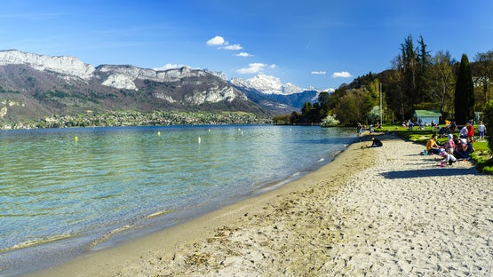 Marquisats beach, lake Annecy